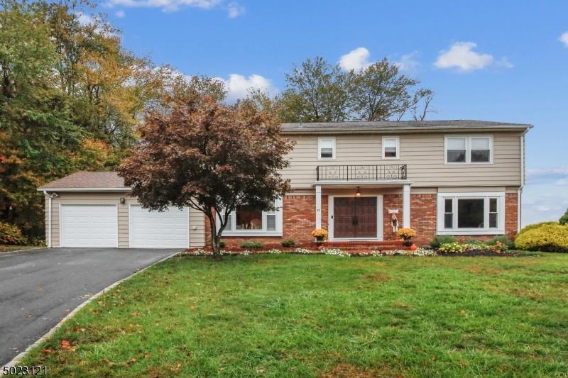 Single Family Homes للـ Sale في East Hanover, New Jersey 07936 United States