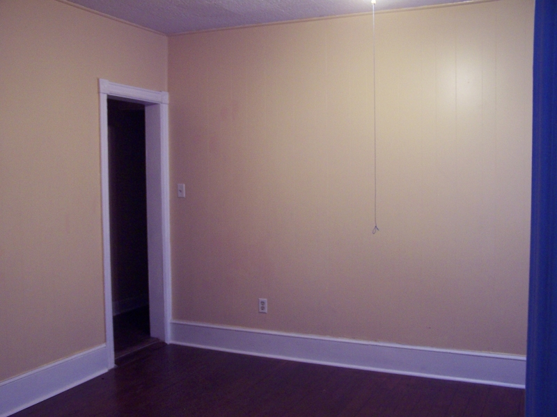 Additional photo for property listing at 682 S Main Street  Phillipsburg, New Jersey 08865 États-Unis