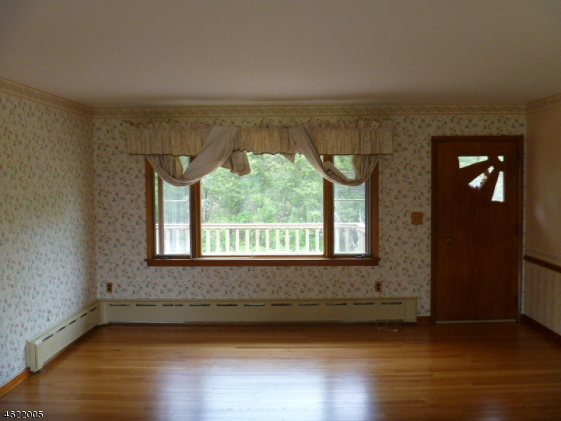 Additional photo for property listing at 76 Silver Lake Road  Blairstown, New Jersey 07825 United States