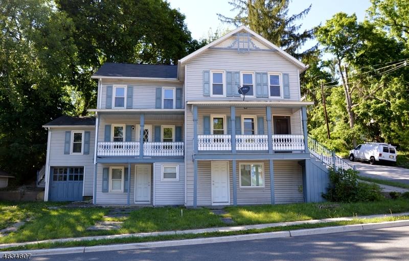 独户住宅 为 销售 在 17-19 E. Main Street Sussex, 新泽西州 07461 美国