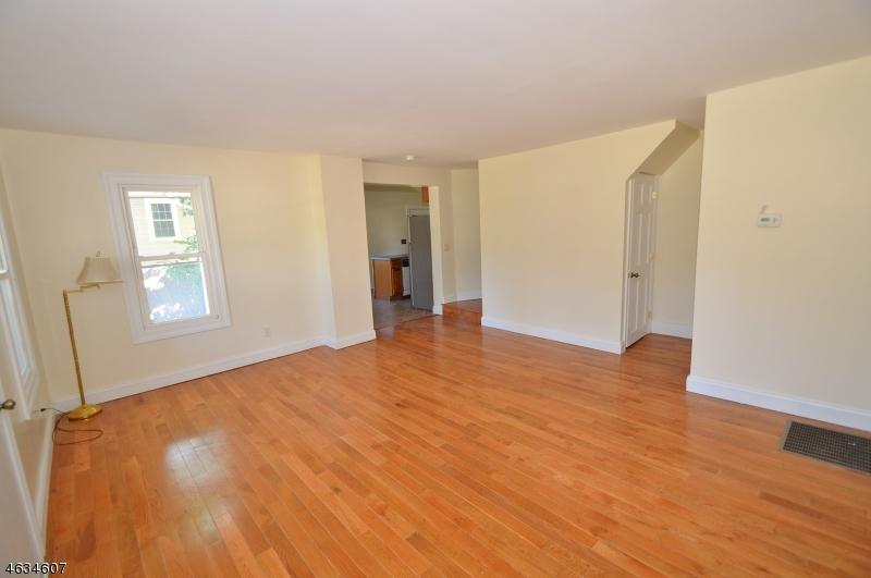 Additional photo for property listing at 17-19 E. Main Street  Sussex, 新泽西州 07461 美国