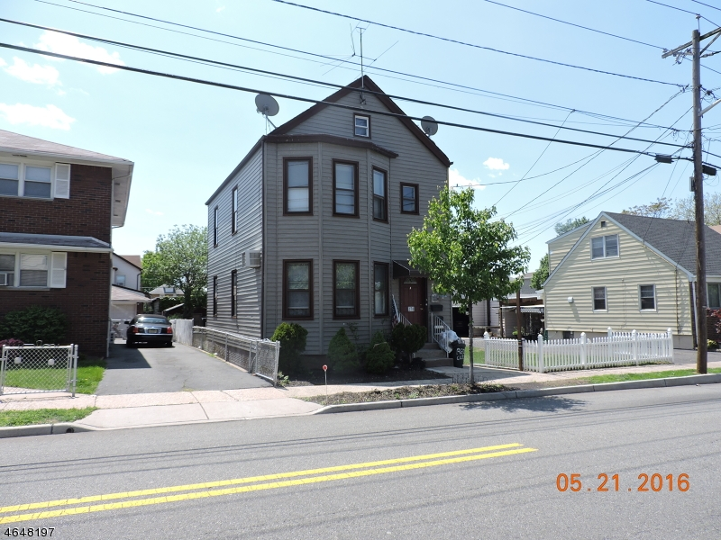 Additional photo for property listing at 270 Kingsland Avenue  Lyndhurst, New Jersey 07071 États-Unis