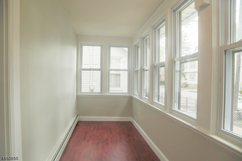 Additional photo for property listing at 36 Fern Avenue  Irvington, 新泽西州 07111 美国