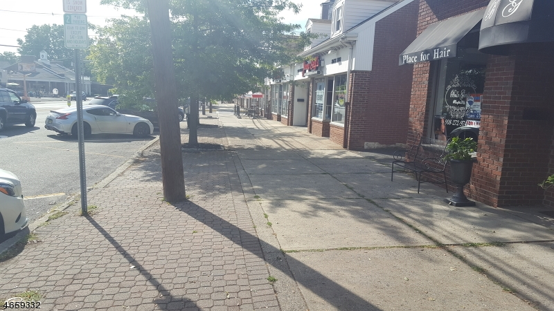 Additional photo for property listing at 508 Boulevard  Kenilworth, New Jersey 07033 États-Unis
