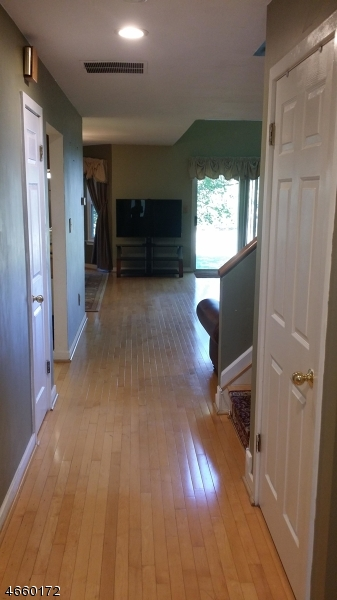 Additional photo for property listing at 336 Greenfield Road  Bridgewater, Нью-Джерси 08807 Соединенные Штаты