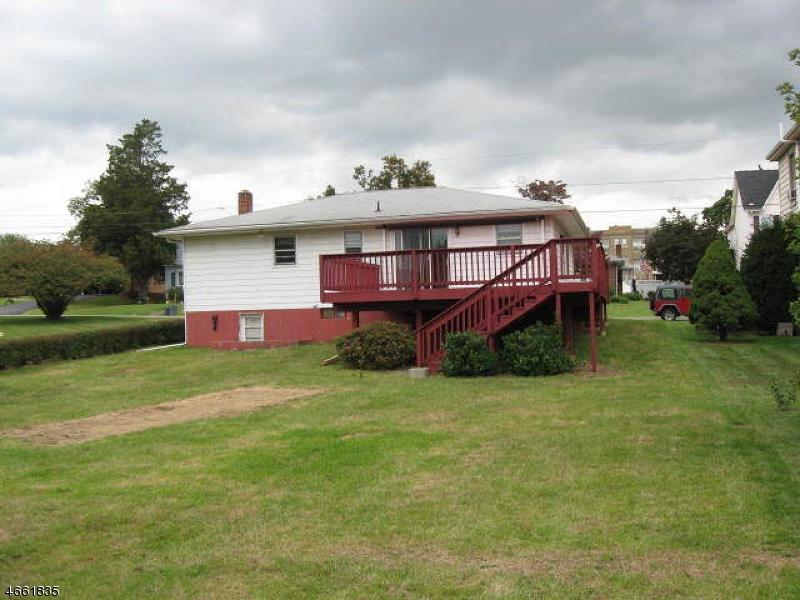 Частный односемейный дом для того Аренда на 812 Sampson Avenue Phillipsburg, 08865 Соединенные Штаты