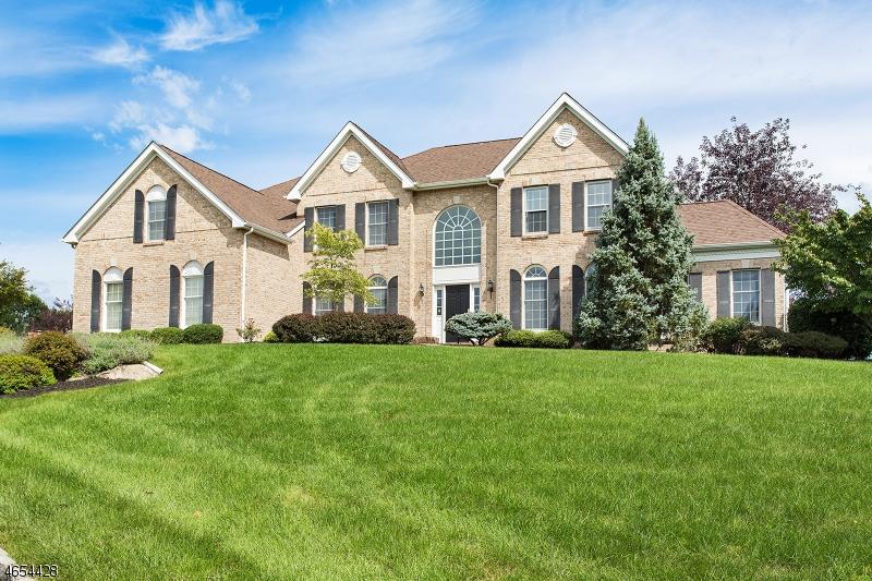 Частный односемейный дом для того Аренда на 4 Kalan Farm Road Hampton, Нью-Джерси 08827 Соединенные Штаты