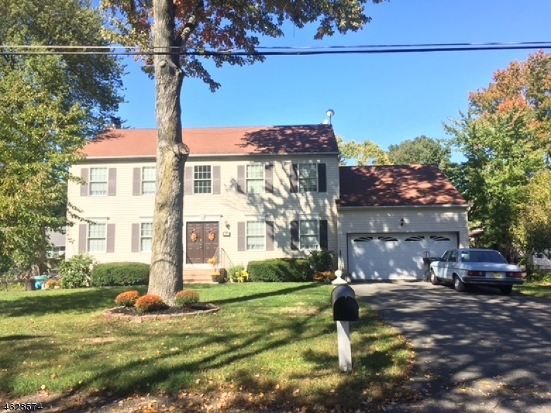 Additional photo for property listing at 25 Peach Tree Avenue  East Hanover, New Jersey 07936 United States