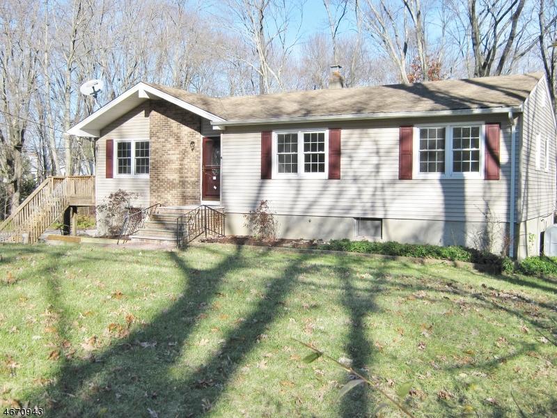 Casa Unifamiliar por un Alquiler en 86 Lackawanna Drive Stanhope, Nueva Jersey 07874 Estados Unidos