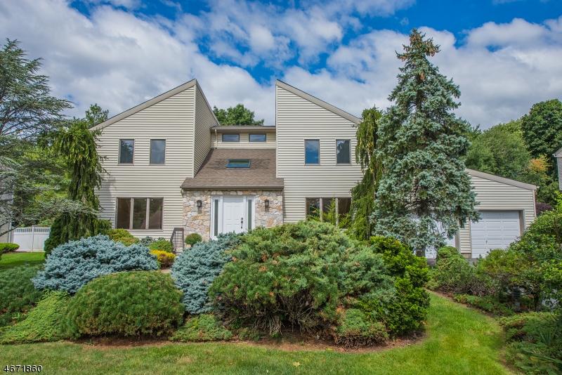 Частный односемейный дом для того Аренда на 16 Quail Run Florham Park, Нью-Джерси 07932 Соединенные Штаты