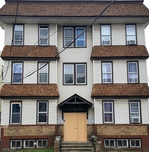 Частный односемейный дом для того Аренда на 915 Grove Street Irvington, Нью-Джерси 07111 Соединенные Штаты