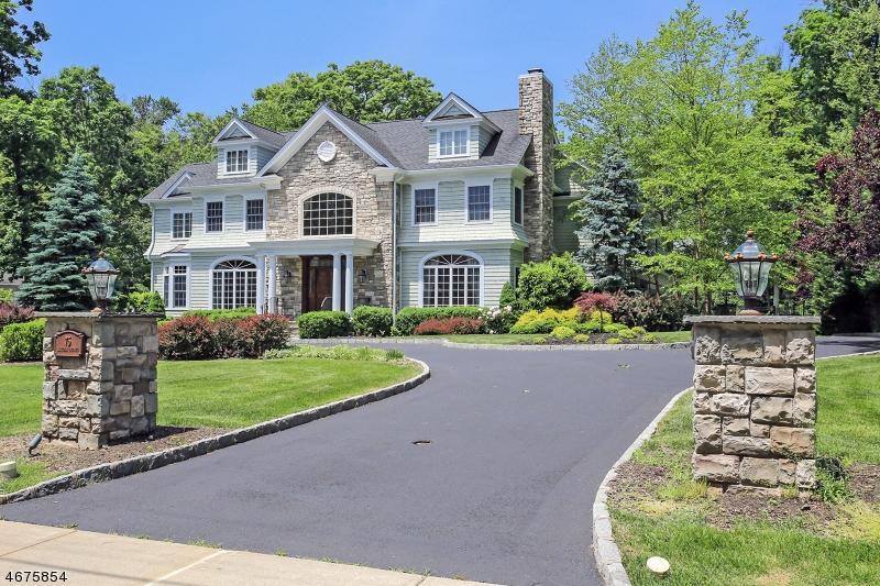Частный односемейный дом для того Аренда на 75 Lincoln Avenue Florham Park, Нью-Джерси 07932 Соединенные Штаты