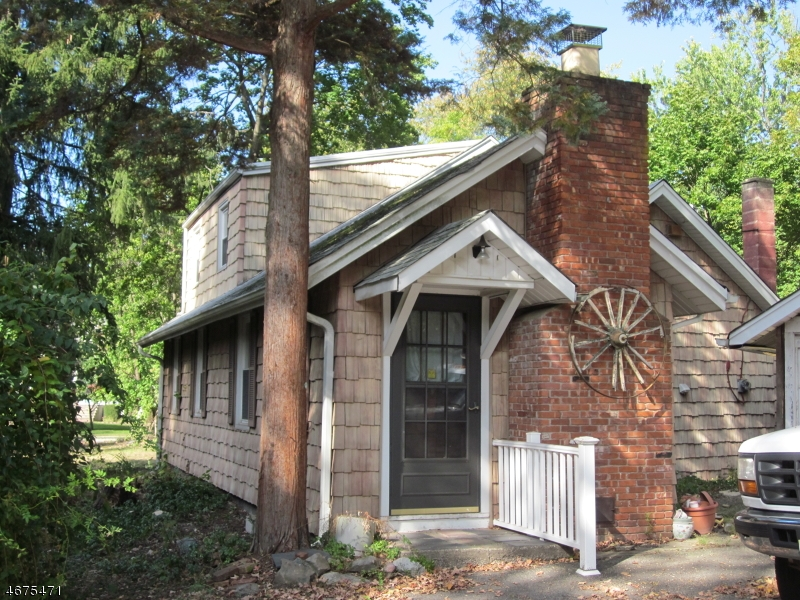 Single Family Home for Rent at 26 Changebridge Road Montville, New Jersey 07045 United States
