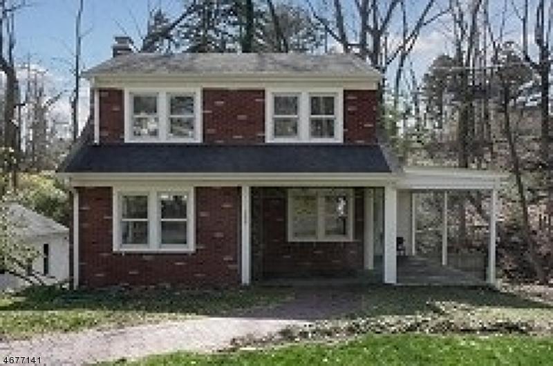 Частный односемейный дом для того Аренда на 300 GLEN Avenue Short Hills, Нью-Джерси 07078 Соединенные Штаты