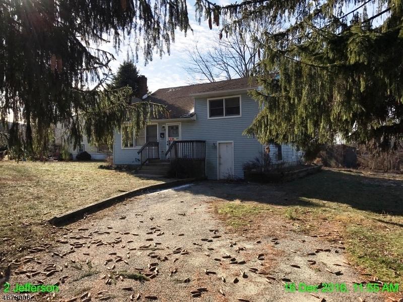Частный односемейный дом для того Продажа на 2 Jefferson Ter Ogdensburg, 07439 Соединенные Штаты