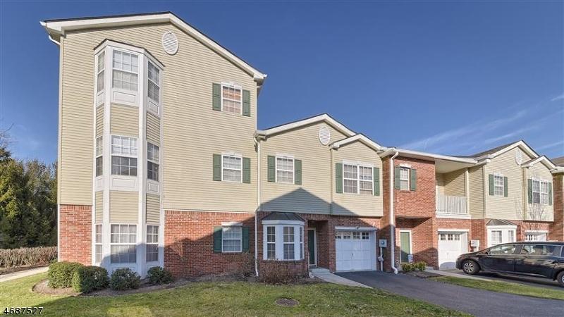 Maison unifamiliale pour l Vente à 28 Allister Court Lincoln Park, New Jersey 07035 États-Unis