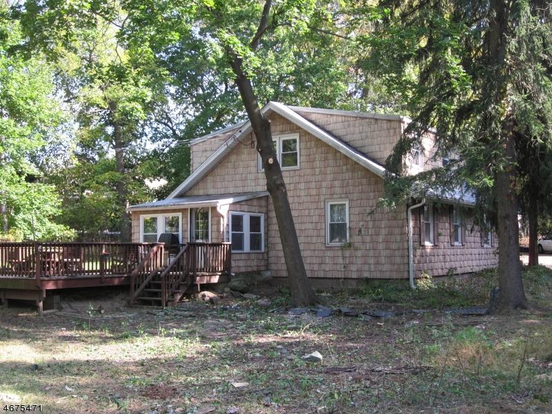Частный односемейный дом для того Аренда на 26 Changebridge Road Montville, Нью-Джерси 07045 Соединенные Штаты