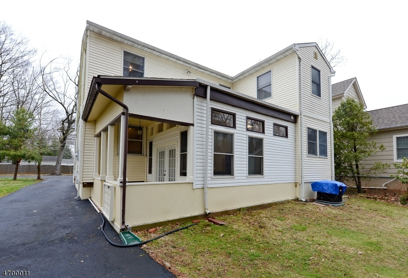 Additional photo for property listing at 1620 Summit Avenue  Westfield, New Jersey 07090 United States