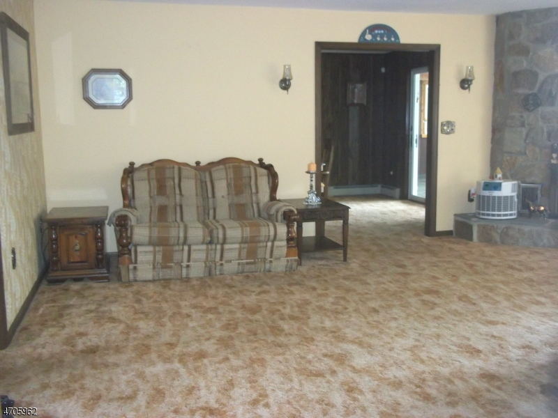 Additional photo for property listing at 154 MILLBROOK ROAD  Franklin, New Jersey 07882 États-Unis