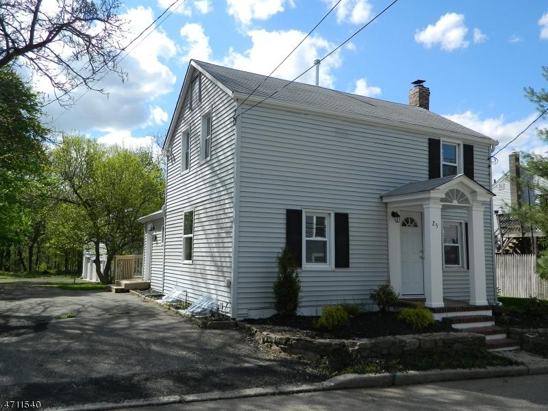 Частный односемейный дом для того Продажа на 25 Flanders Road Netcong, Нью-Джерси 07857 Соединенные Штаты