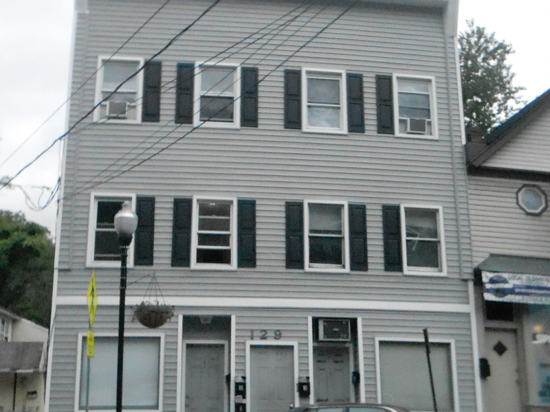 Single Family Home for Rent at 129 Main St Apt 4 Bloomingdale, New Jersey 07403 United States