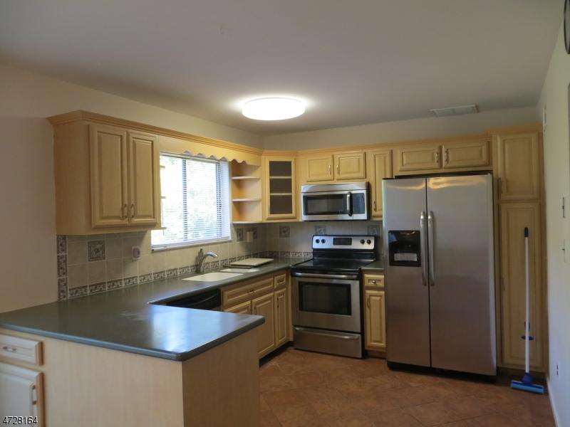 Maison unifamiliale pour l à louer à 12221 Aspen Court Stanhope, New Jersey 07874 États-Unis
