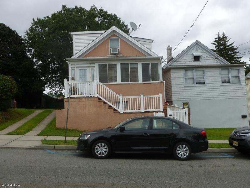 Maison unifamiliale pour l à louer à Address Not Available Garfield, New Jersey 07026 États-Unis