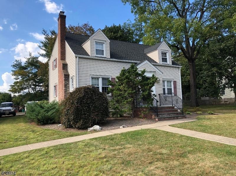 独户住宅 为 销售 在 233 Green Village Road 查塔姆, 新泽西州 07935 美国