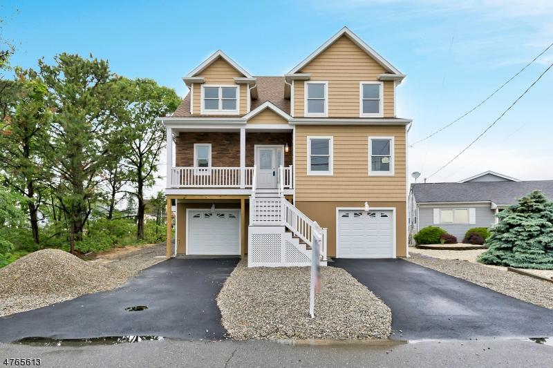 独户住宅 为 销售 在 106 JIB Lane 106 JIB Lane Brick Township, 新泽西州 08723 美国