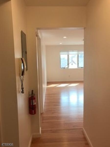 独户住宅 为 出租 在 1250 N Broad St, C4 Hillside, 新泽西州 07205 美国