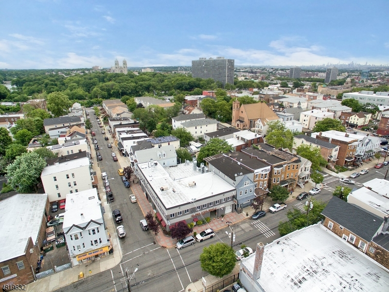 Additional photo for property listing at 33 DICKERSON ST Newark, New Jersey 07103 United States