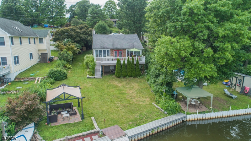Single Family Home for Sale at 1908 Greenwood Lake Tpke West Milford, New Jersey 07421 United States