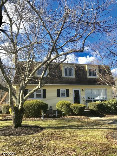 Single Family Home for Sale at Wanaque, New Jersey 07420 United States