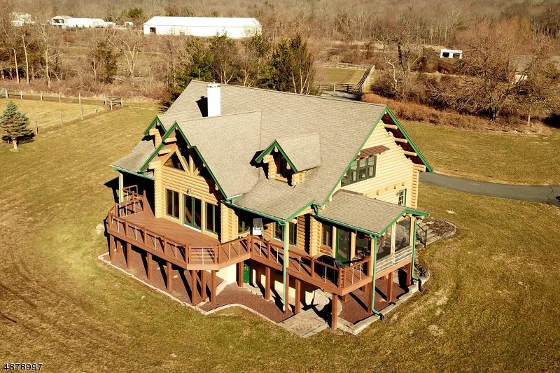 Частный односемейный дом для того Продажа на 38 WOODENS Lane West Amwell, Нью-Джерси 08530 Соединенные Штаты