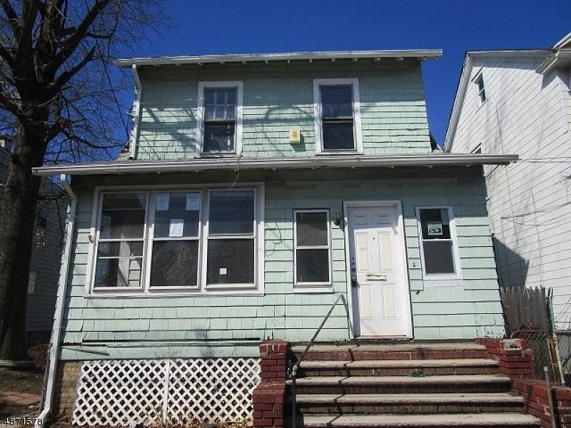 Single Family Home for Sale at 367 MYRTLE AVE 367 MYRTLE AVE Irvington, New Jersey 07111 United States
