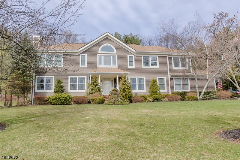 Single Family Home for Sale at 18 MT FREEDOM RD Randolph, New Jersey 07869 United States