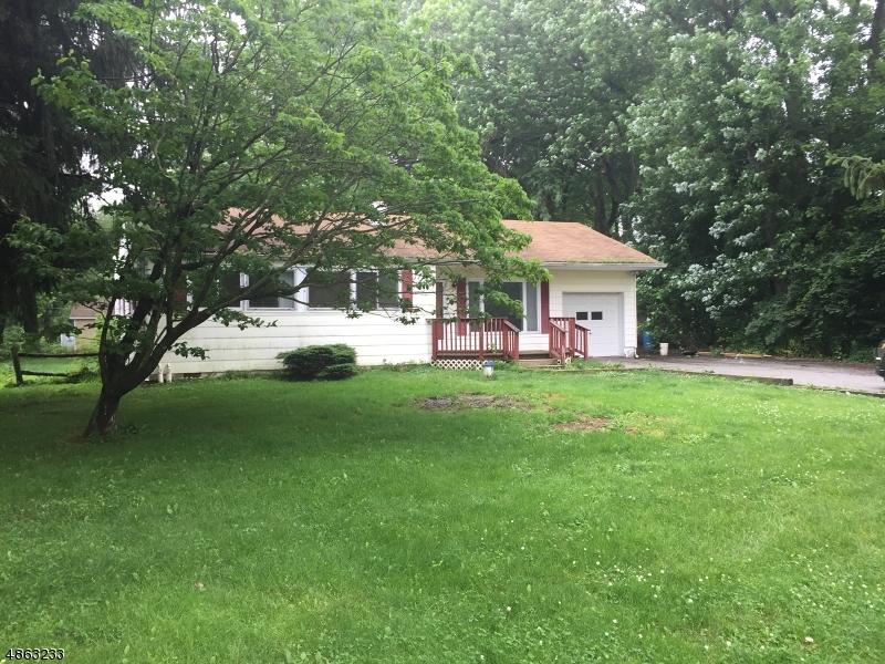 Property pour l Vente à Washington, New Jersey 07882 États-Unis
