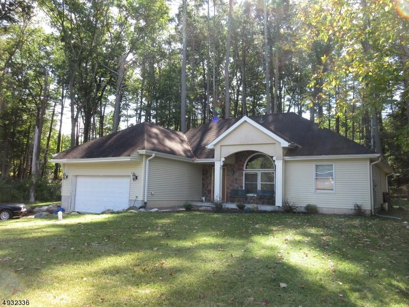 Single Family Homes por un Venta en Montague, Nueva Jersey 07824 Estados Unidos