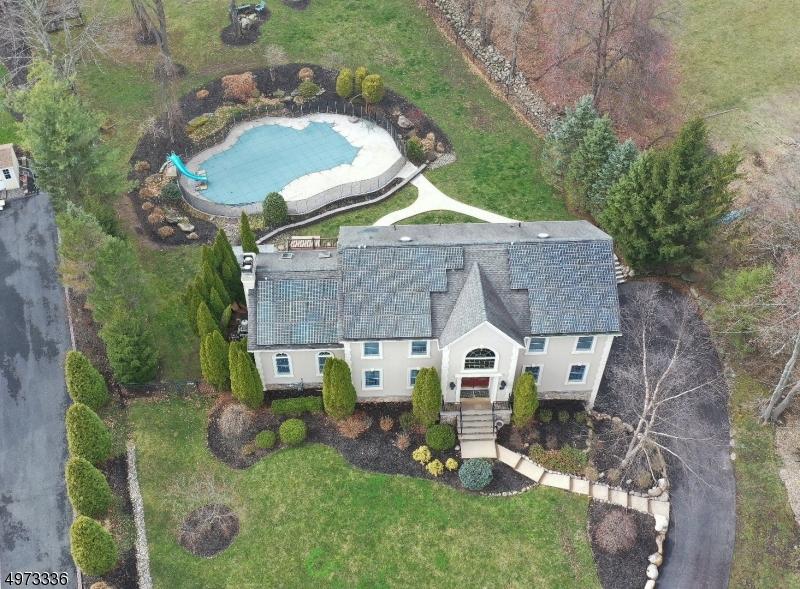Single Family Homes 为 销售 在 莫瓦, 新泽西州 07430 美国