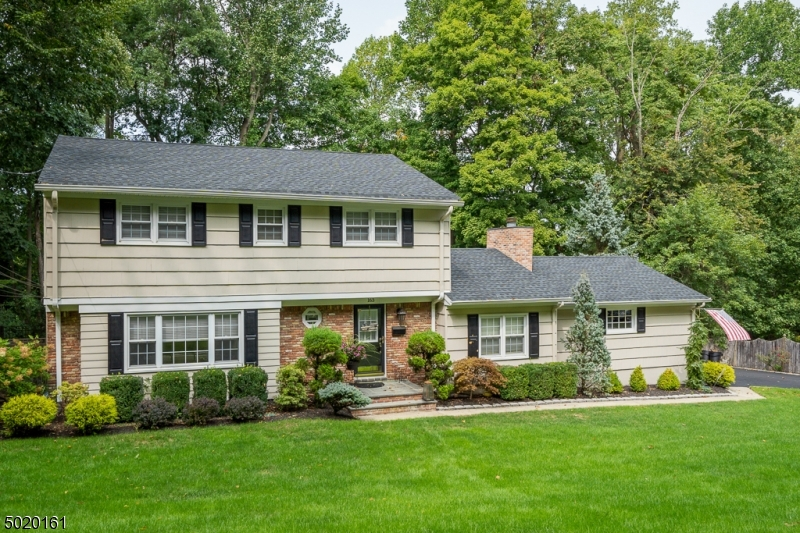 Single Family Homes for Sale at New Providence, New Jersey 07974 United States
