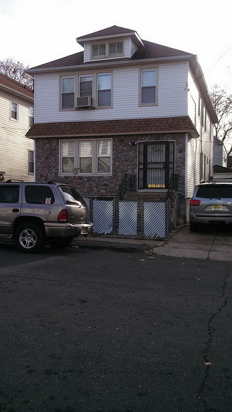 Additional photo for property listing at 13 Walter Place  Irvington, 新泽西州 07111 美国