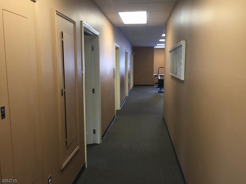 Additional photo for property listing at 540 Lafayette Road  Sparta, Nueva Jersey 07871 Estados Unidos