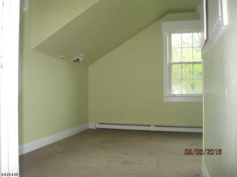 Additional photo for property listing at 5 Central Avenue  Hopatcong, Nueva Jersey 07843 Estados Unidos