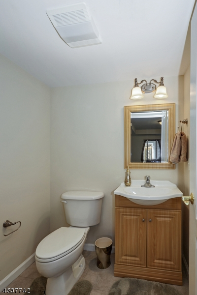 Additional photo for property listing at 60 Johnson Avenue  Cranford, Нью-Джерси 07016 Соединенные Штаты