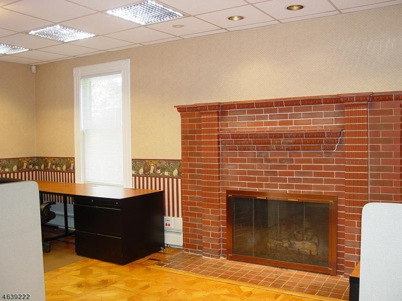 Additional photo for property listing at 17 Main Street  Netcong, Нью-Джерси 07857 Соединенные Штаты