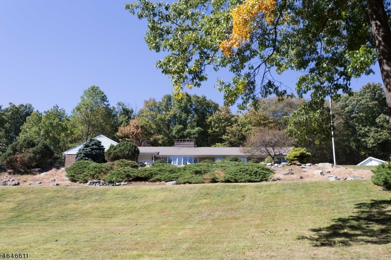 Single Family Home for Sale at 8 Bingham Lane Blairstown, 07825 United States