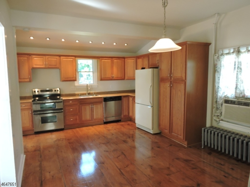 Additional photo for property listing at 4 Mozart Avenue  Washington, New Jersey 07882 United States