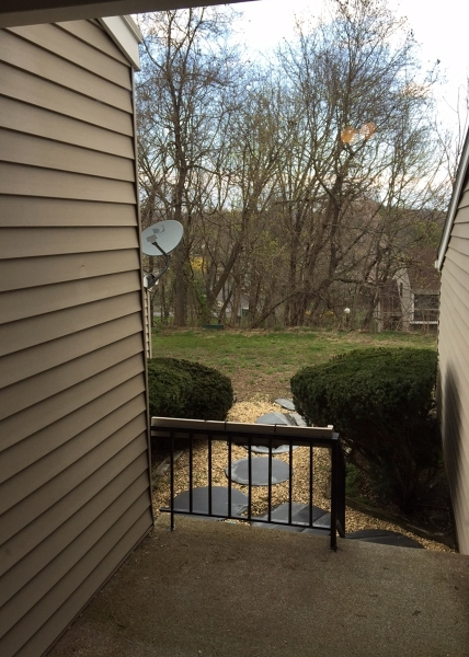Additional photo for property listing at 37 Hillside Court  Clinton, New Jersey 08809 États-Unis