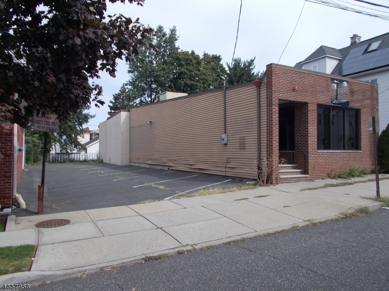 Additional photo for property listing at 373 LANZA Avenue  Garfield, Nueva Jersey 07026 Estados Unidos