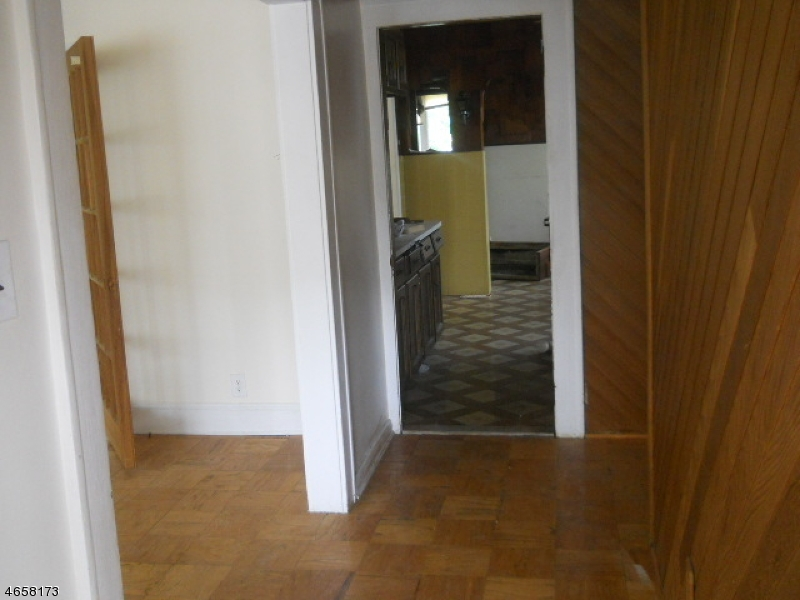 Additional photo for property listing at Address Not Available  Linden, Нью-Джерси 07036 Соединенные Штаты